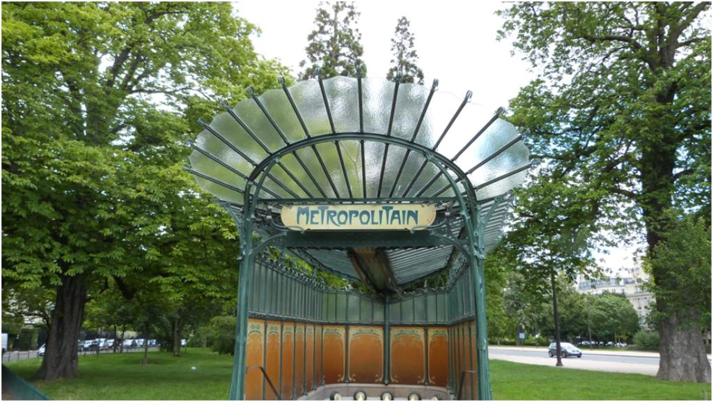 "Les stations ""Hector Guimard"""